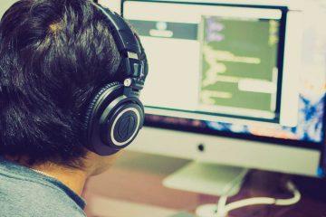 Programer, slika: https://www.pexels.com